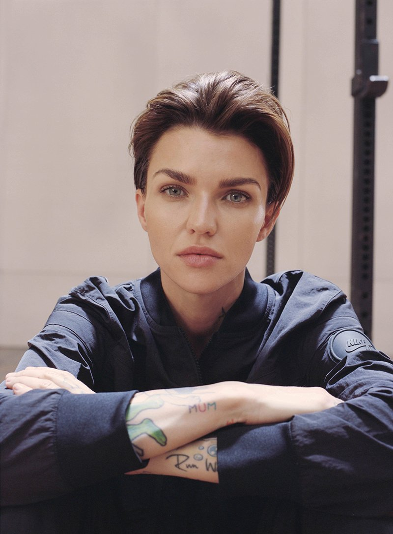 La Nocturne collection by nike con el impuslo implacable de Ruby Rose foto 1