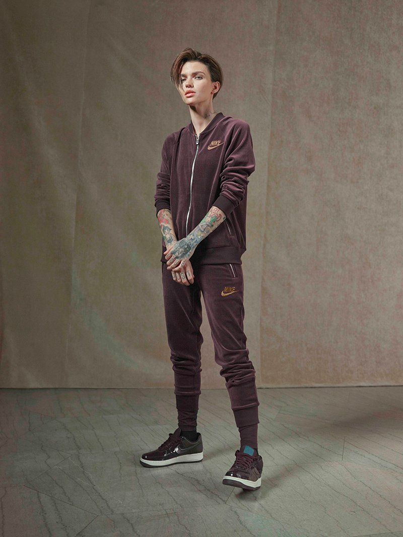 La Nocturne collection by nike con el impuslo implacable de Ruby Rose foto 11