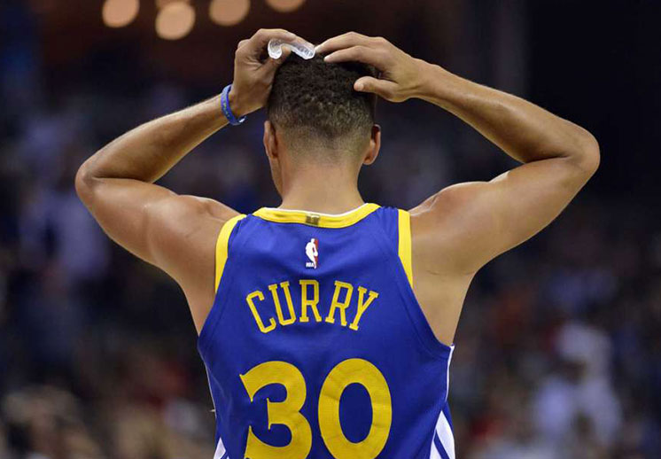 Multa a Stephen Curry