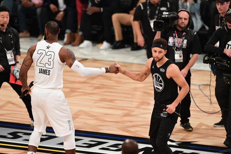 La batalla de Curry y LeBron en el Juego de las Estrellas
