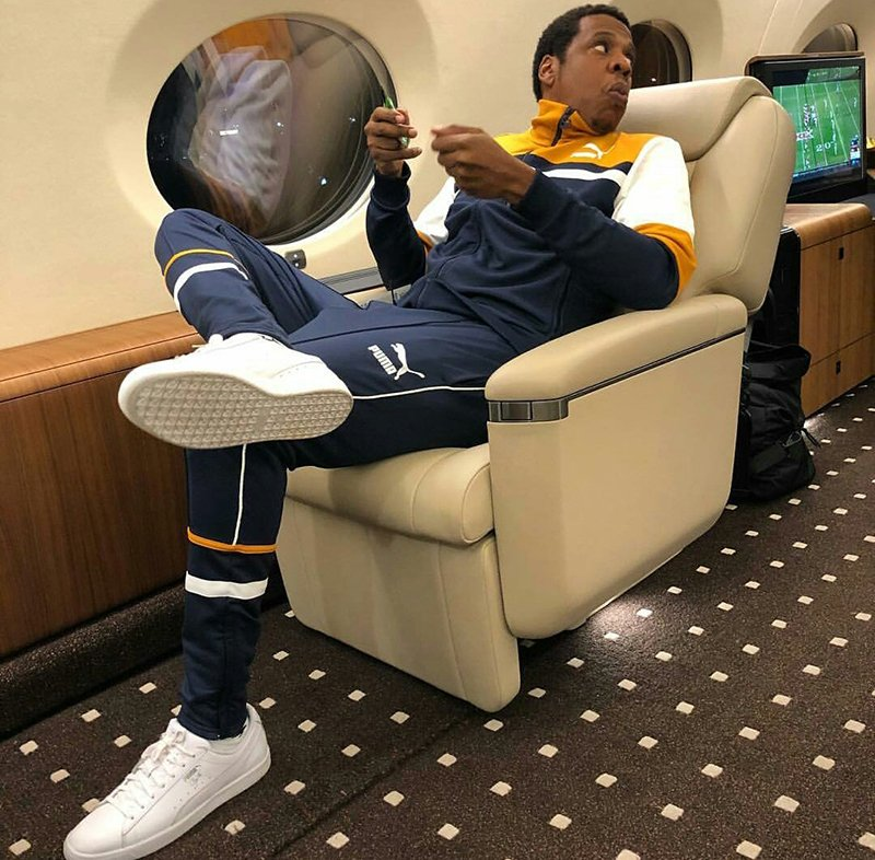 Jay Z regresa al mundo del basquetbol