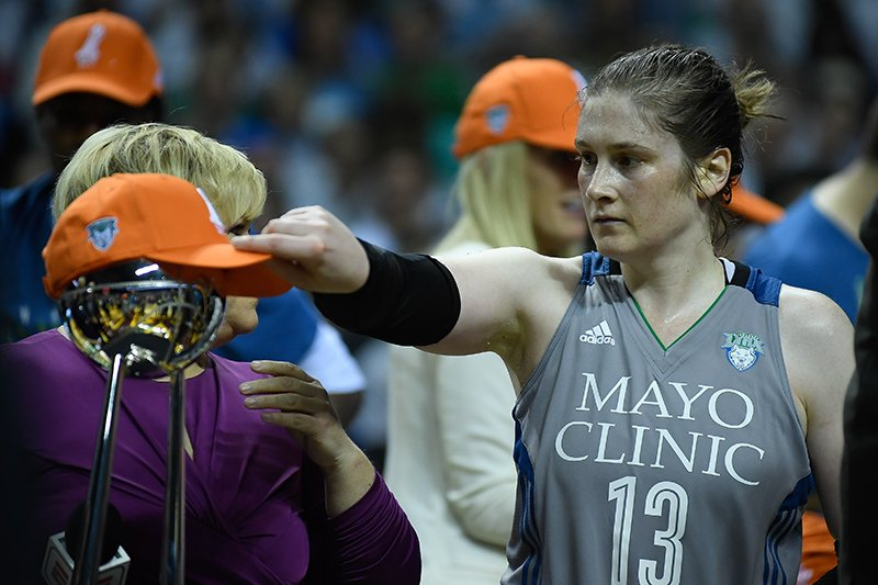 Se va una leyenda de la WNBA