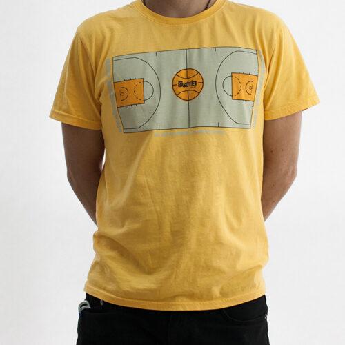 playera amarilla con diseño único de cancha basketball a la venta en viva basquet tienda