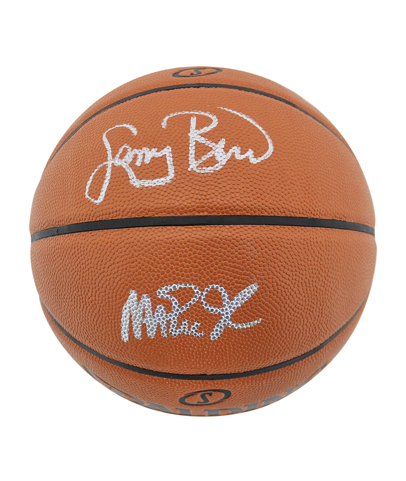 Balón Spalding original firmado por Larry Bird y Magic Johnson