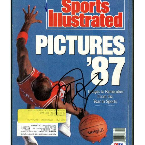 Revista Sports Illustrated autografiada por Michael Jordan
