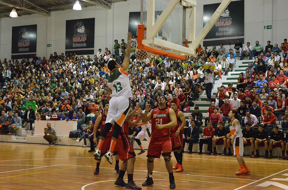 Los Aztecas de la UDLAP en viva basquet