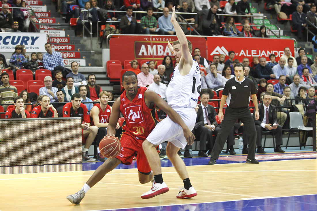 E. Casas en viva basquet