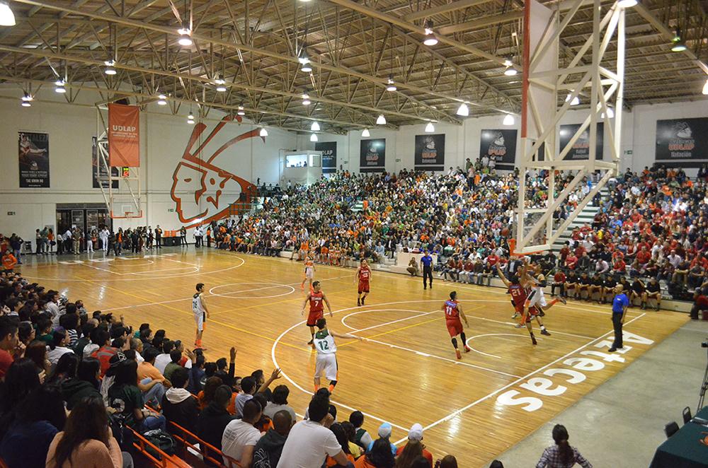 Los Aztecas de la UDLAP basquetbol viva basquet