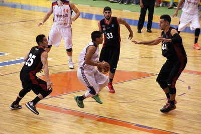 PIONEROS VS GIGANTES en viva basquet
