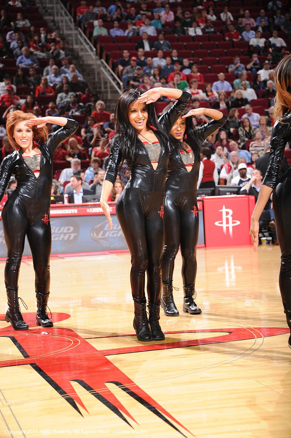 Rockets Dancers en viva basquet