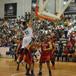 Los Aztecas de la UDLAP jugando basquetbol