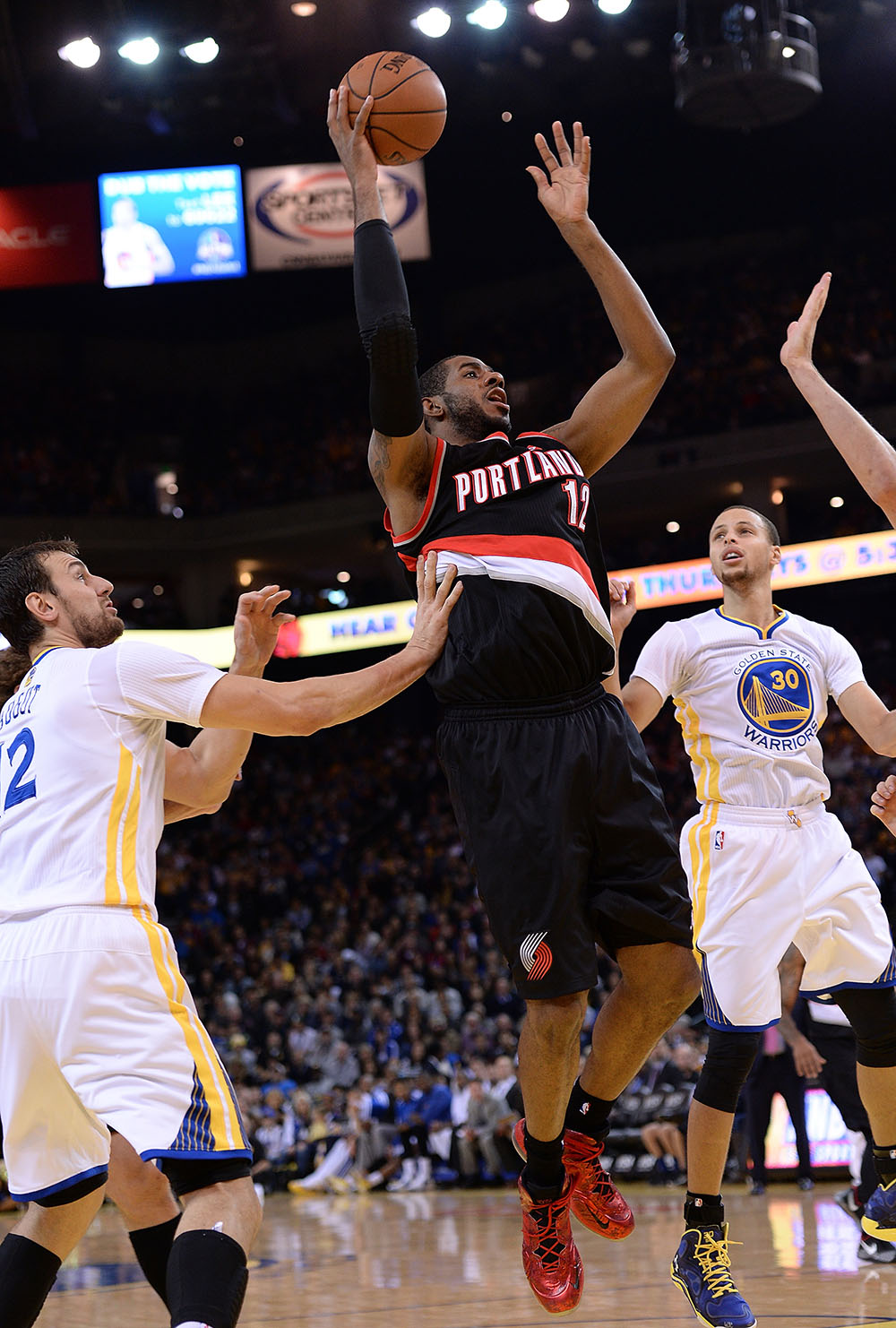 Portland Trail Blazers v Golden State Warriors con LaMarcus Aldridge y viva basquet