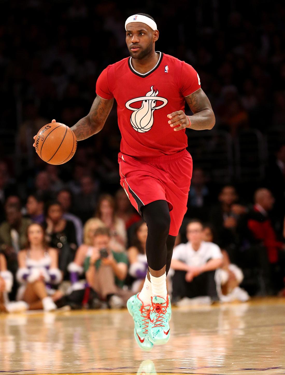 lebron james de Miami Heat v Los Angeles Lakers en viva basquet
