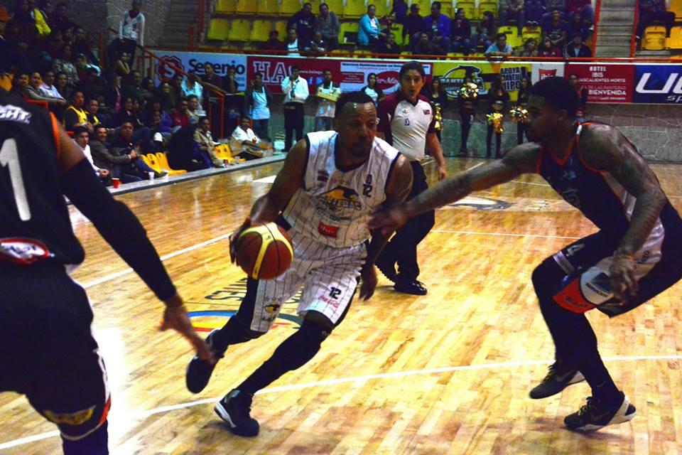 Panteras de Aguscalientes en viva basquet