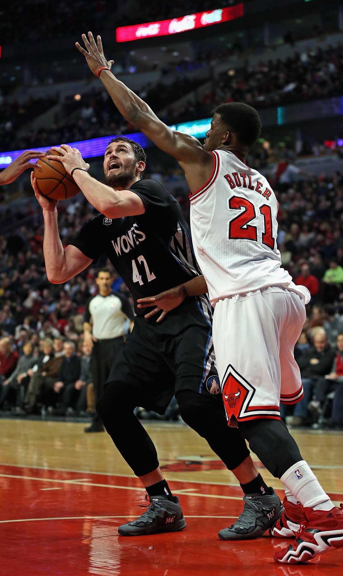 Kevin Love  de los Minnesota Timberwolves v Chicago Bulls en viva basquet
