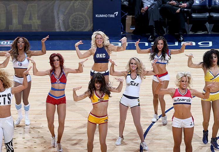 NBA Dancers EN VIVA BASQUET
