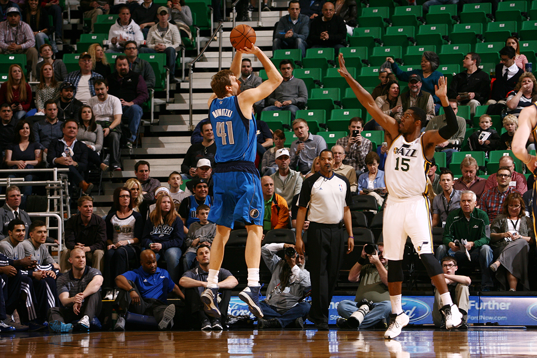 Dallas Mavericks v Utah Jazz en viva basquet