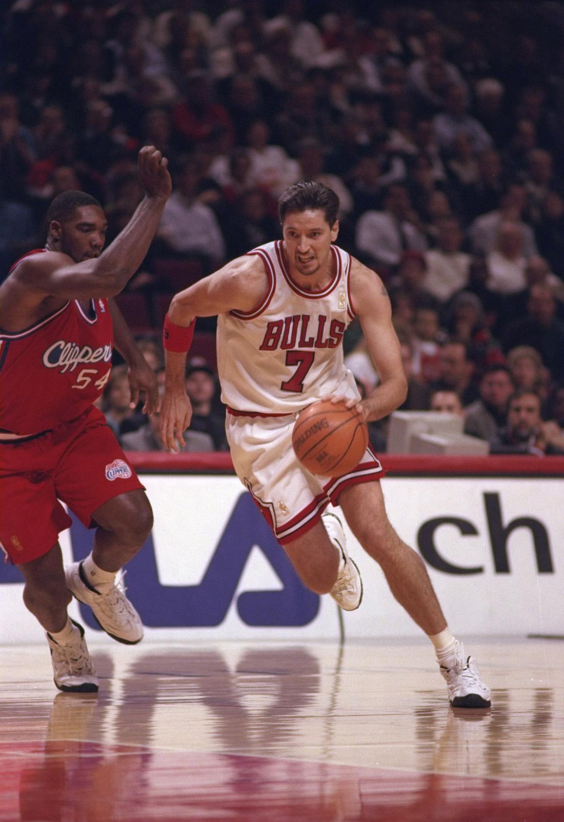 Toni Kukoc de los Bulls en viva basquet
