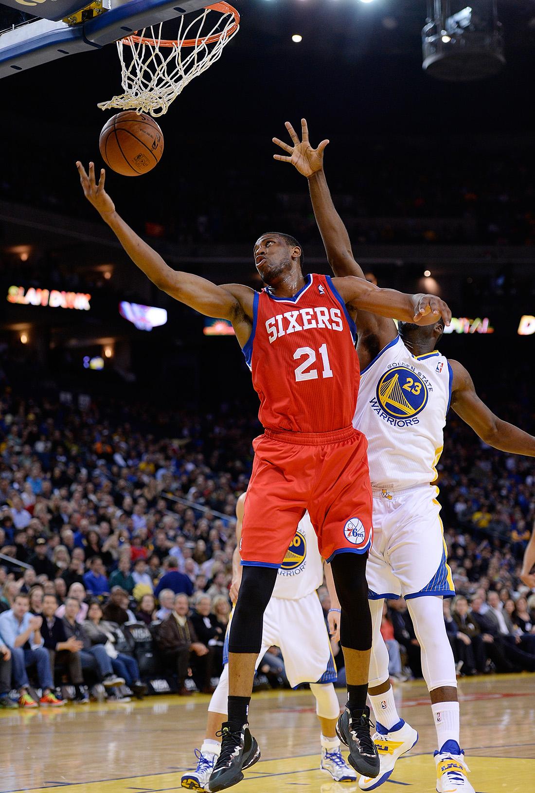 Thaddeus Young en viva basquet