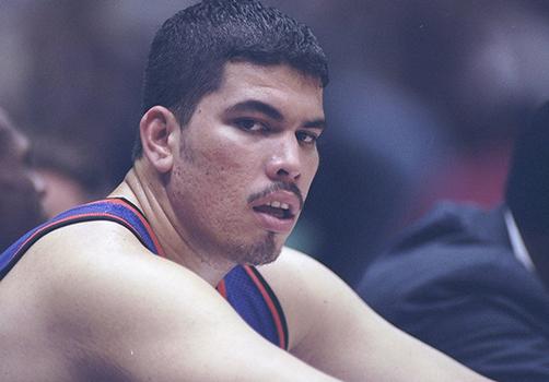 Horacio Llamas of the Phoenix Suns in action en viva basquet