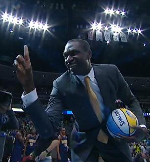 Mutombo en viva basquet