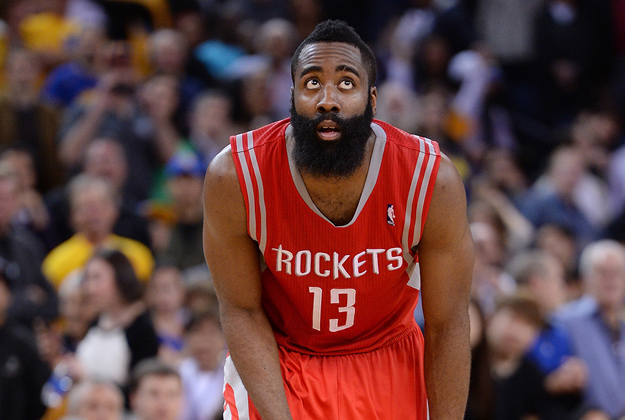 James Harden de los Houston Rockets en viva basquet