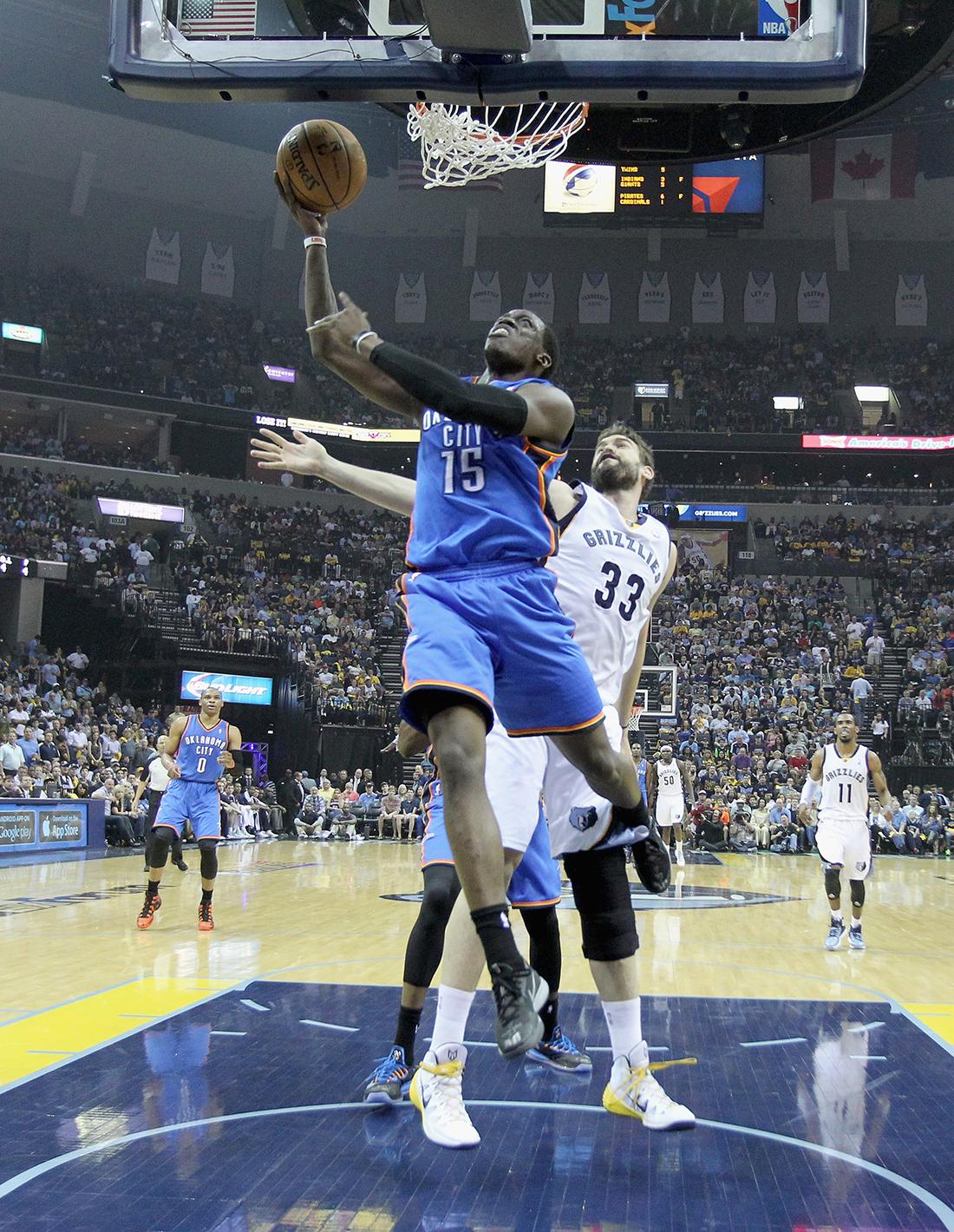 Oklahoma City Thunder v Memphis Grizzlies - playoffs en viva basquet