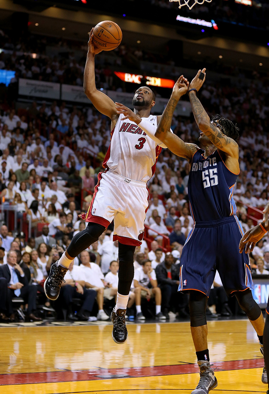 Charlotte Bobcats v Miami Heat - Game Two en viva basquet