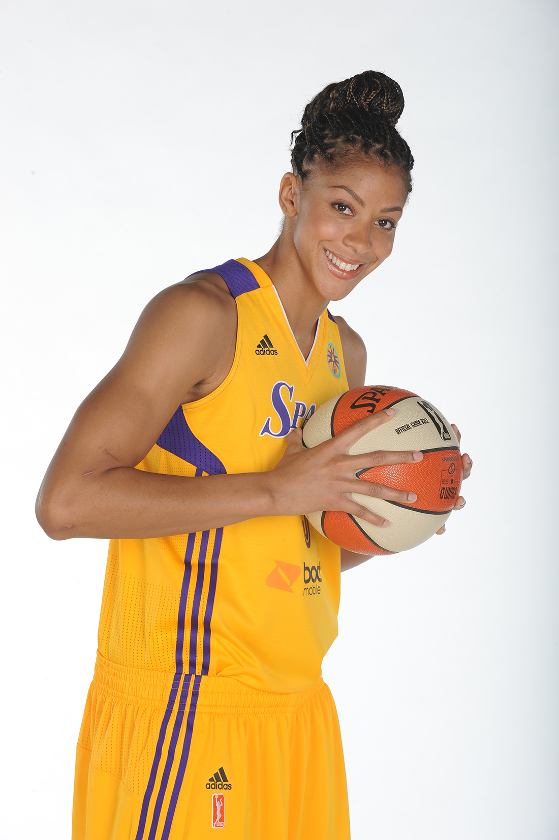 Candace Parker Copyright 2014 NBAE (Photo by Juan Ocampo/NBAE via Getty Images)