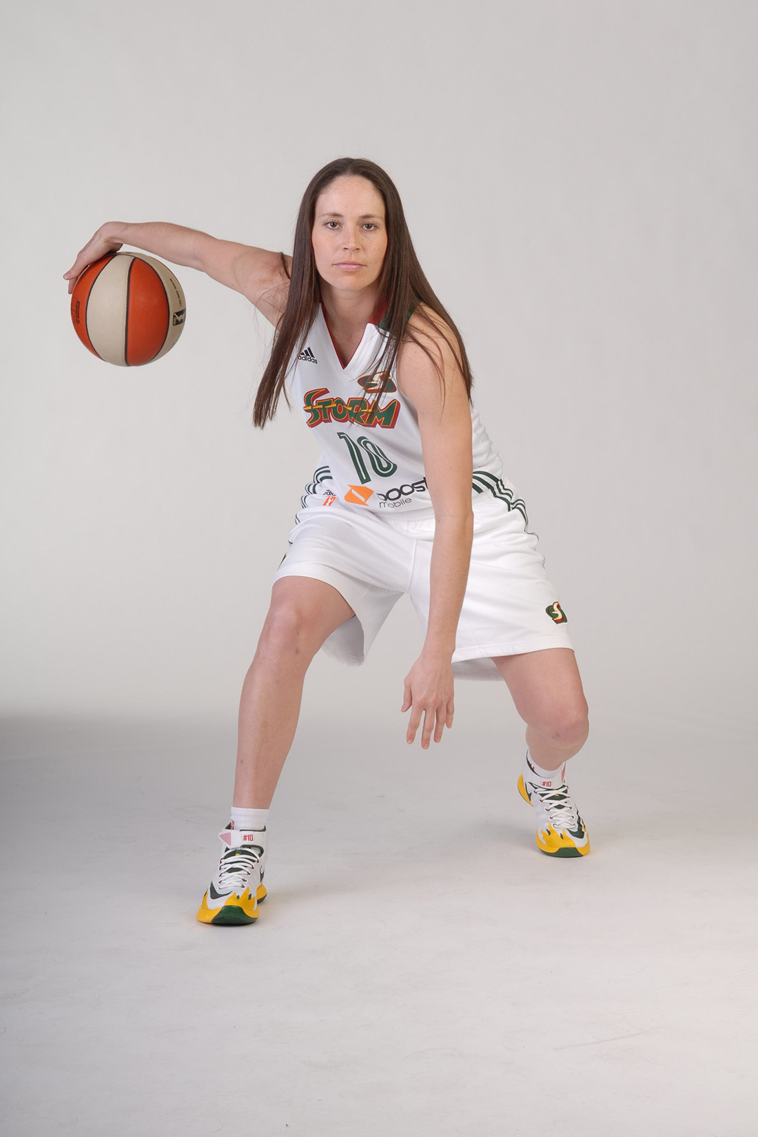Sue Bird Copyright 2014 NBAE (Photo by Terrence Vaccaro/NBAE via Getty Images