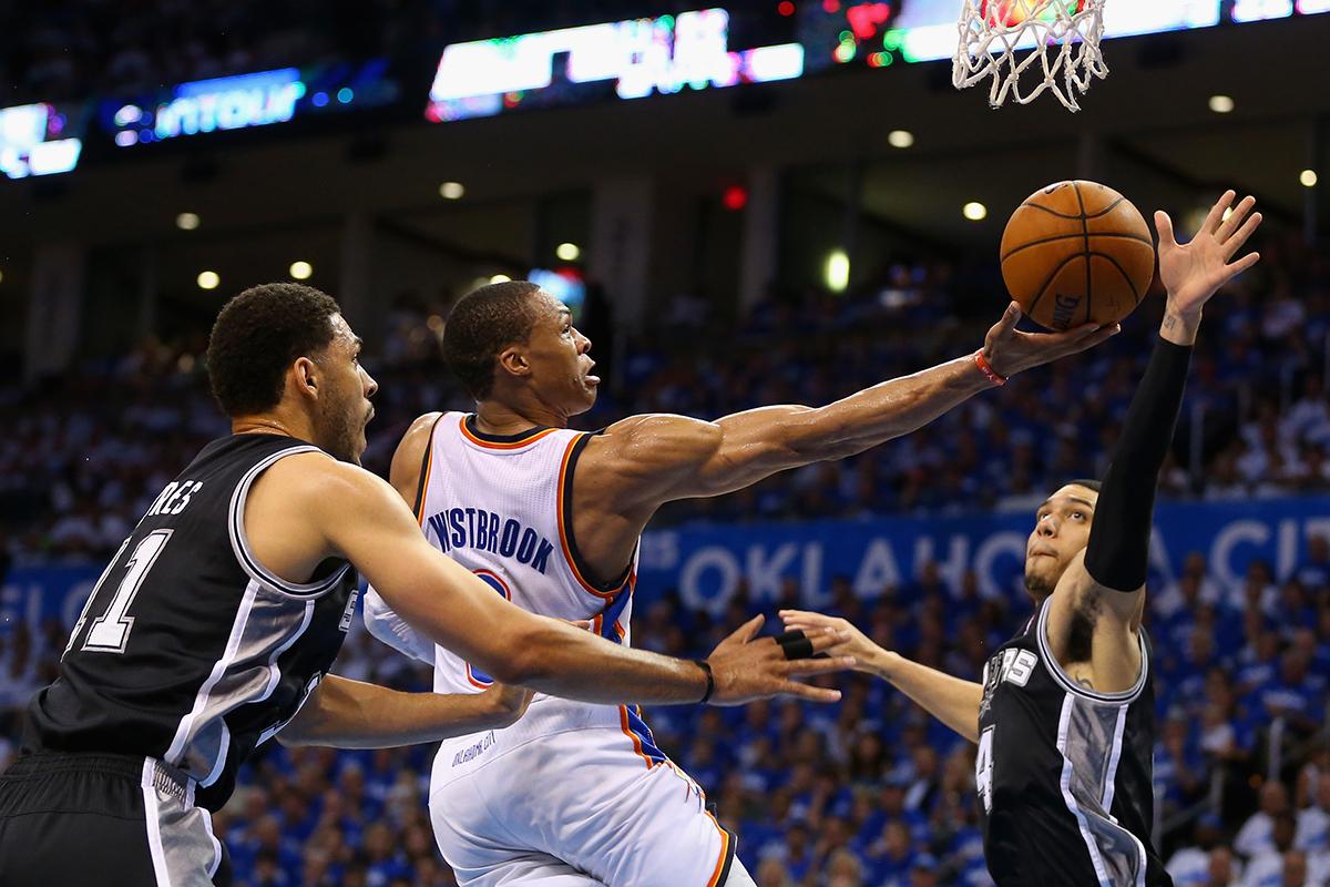 Westbrook en viva basquet