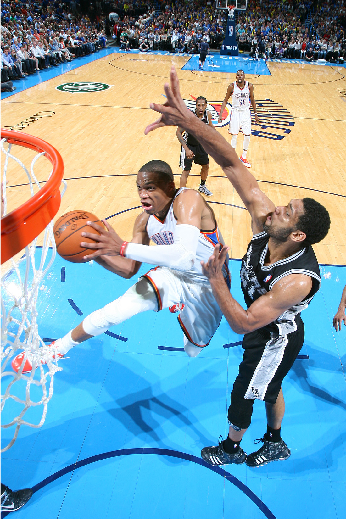 San Antonio Spurs v Oklahoma City Thunder en la final de la conferencia oeste en viva basquet