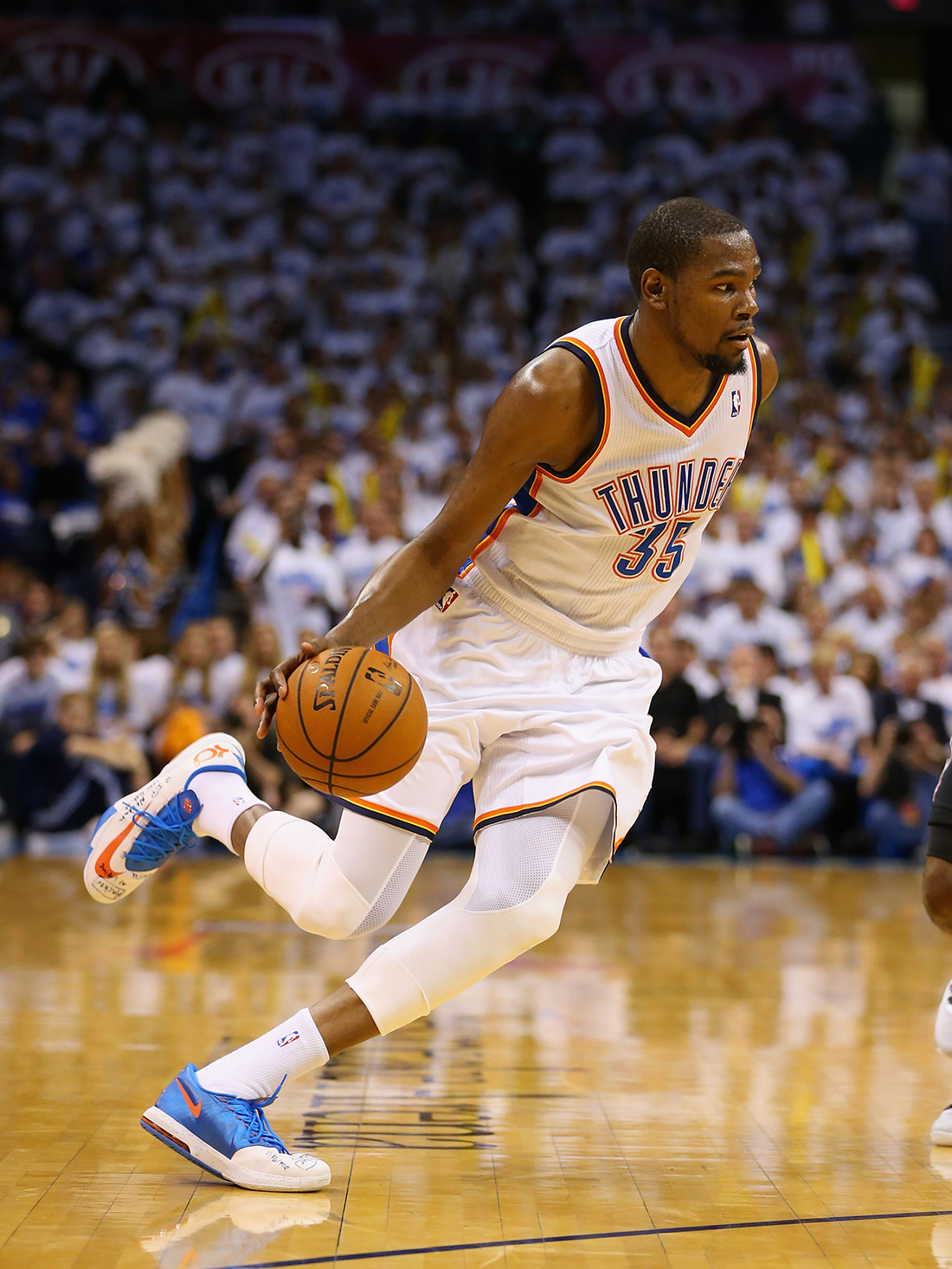 Kevin Durant de Oklahoma City Thunder vs San Antonio Spurs - Game Four en viva basquet
