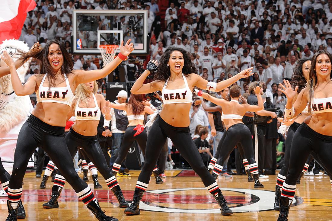 porristas de los miami heat en viva basquet