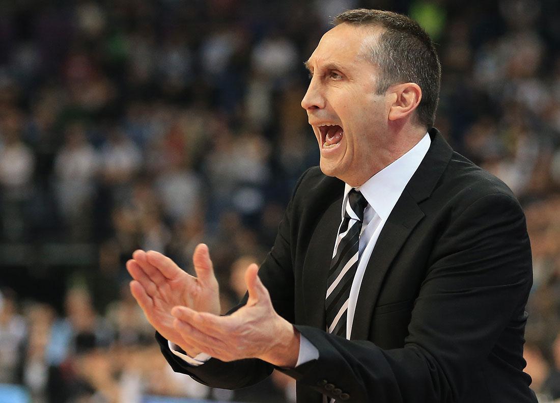 David Blatt Coach de los Cavaliers de Cleveland en vivabasquet