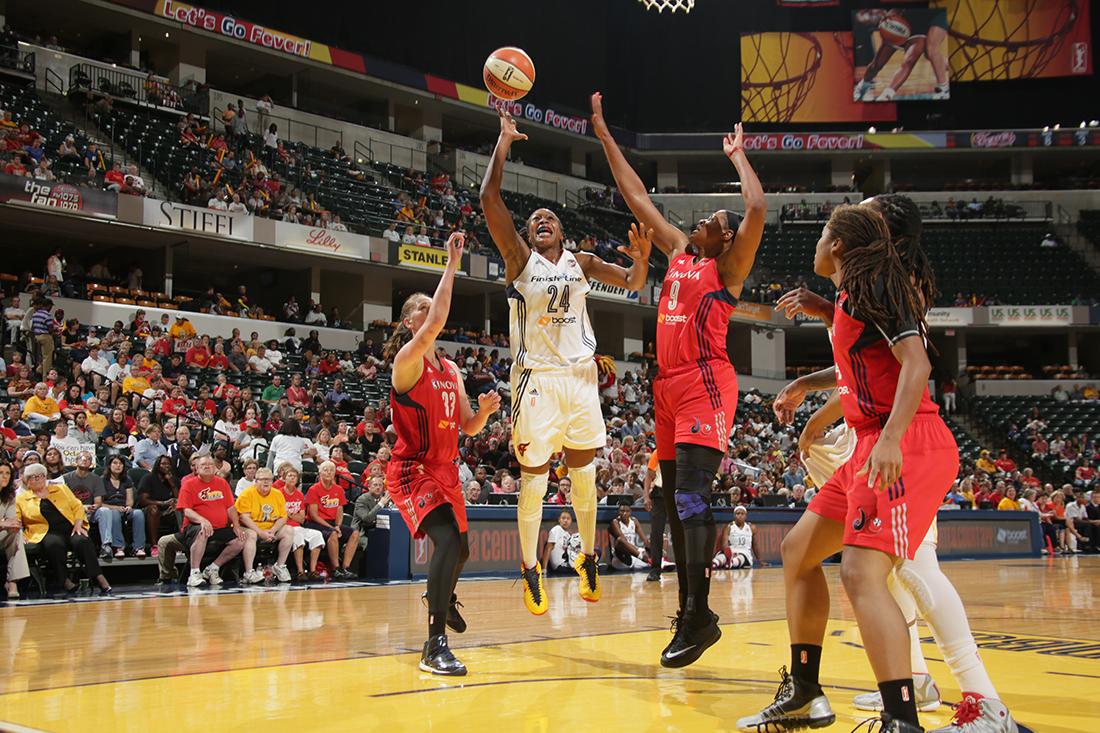 Arrancaron los playoffs de la WNBA en viva basquet