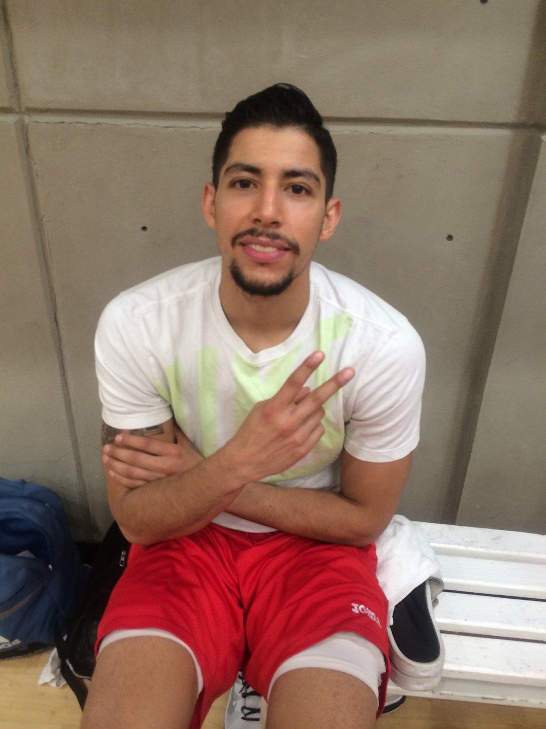 Pery Meza en viva basquet