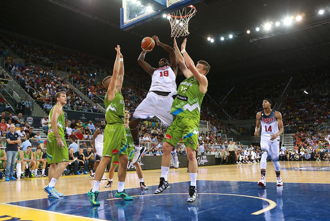 Keneth Faried en viva basquet