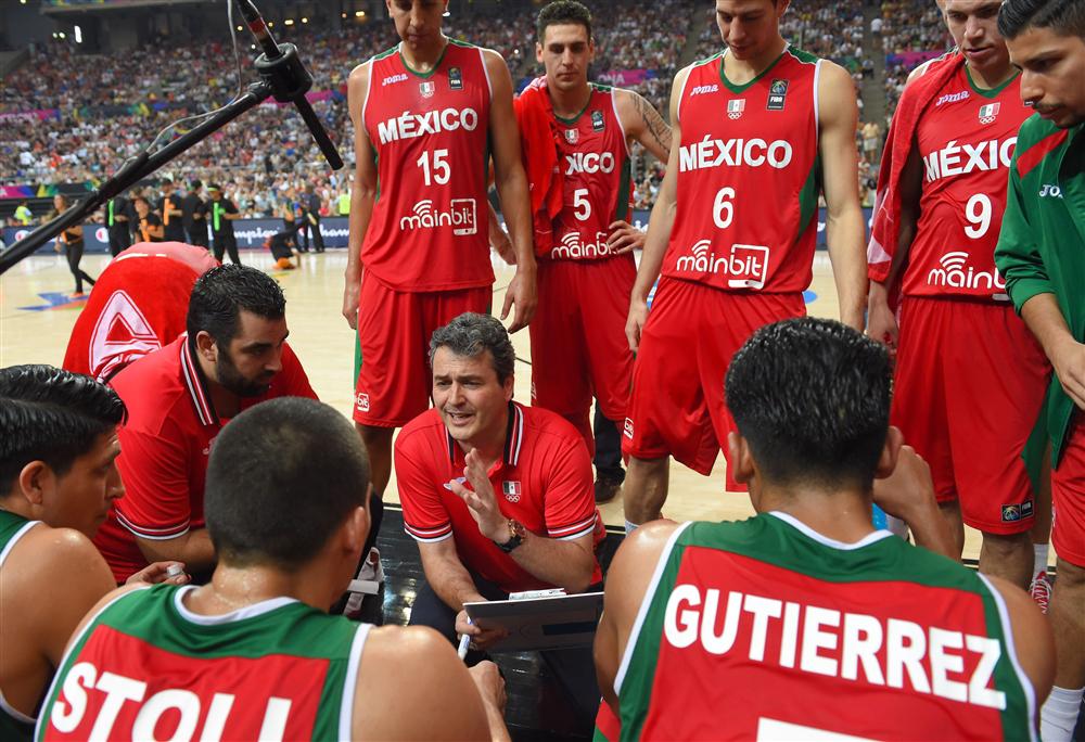 la seleccion mexicana de basquetbol lamenta la partida de su coach sergio valdeolmillos