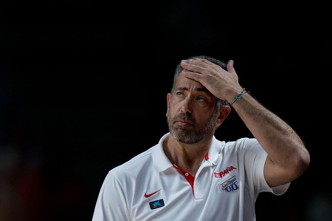 España se queda sin coach en viva basquet