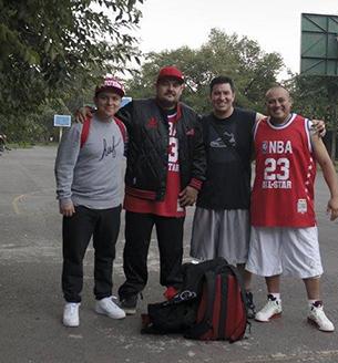 ADICTOS A LOS SNEAKERS en vivabasquet.com