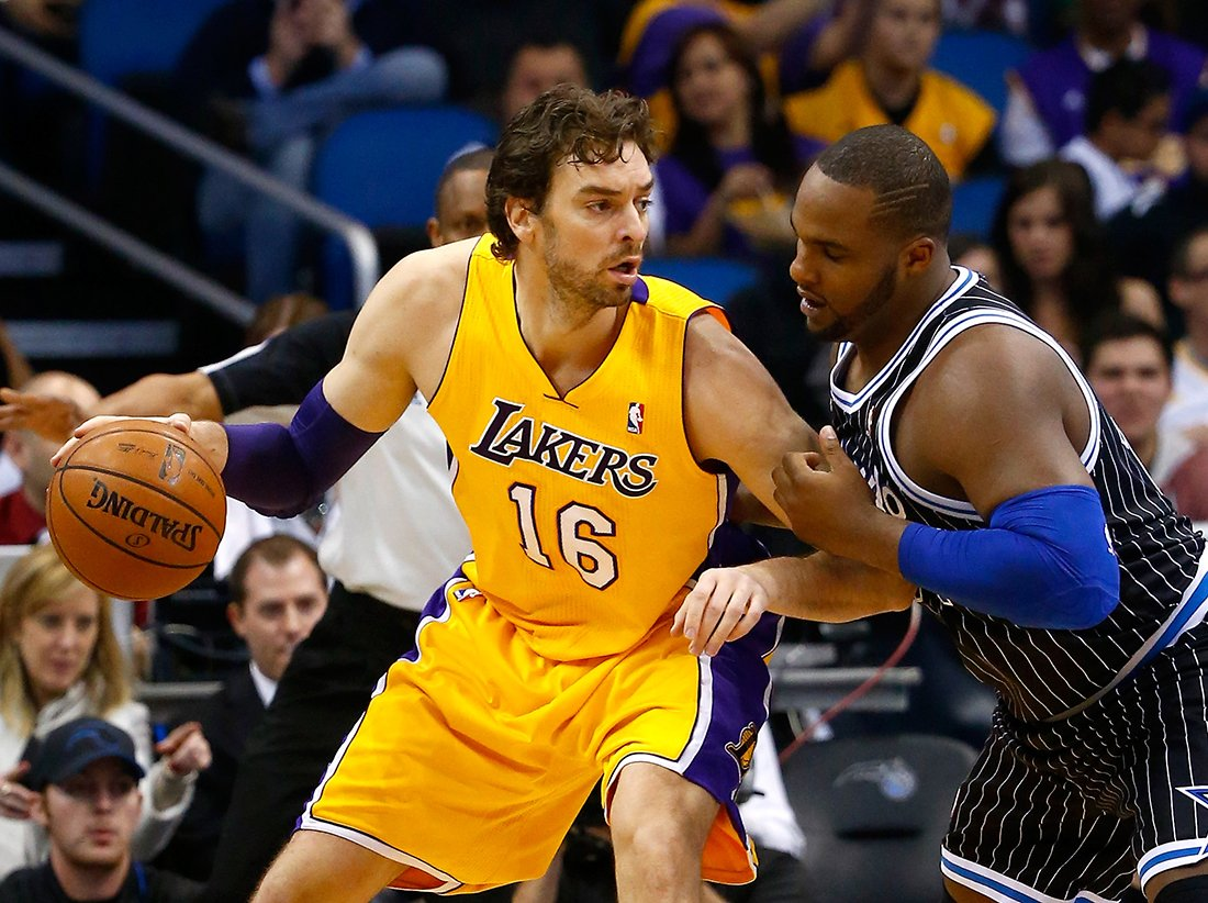 Pau Gasol uno de los 10 europeos de época en la NBA en viva basquet