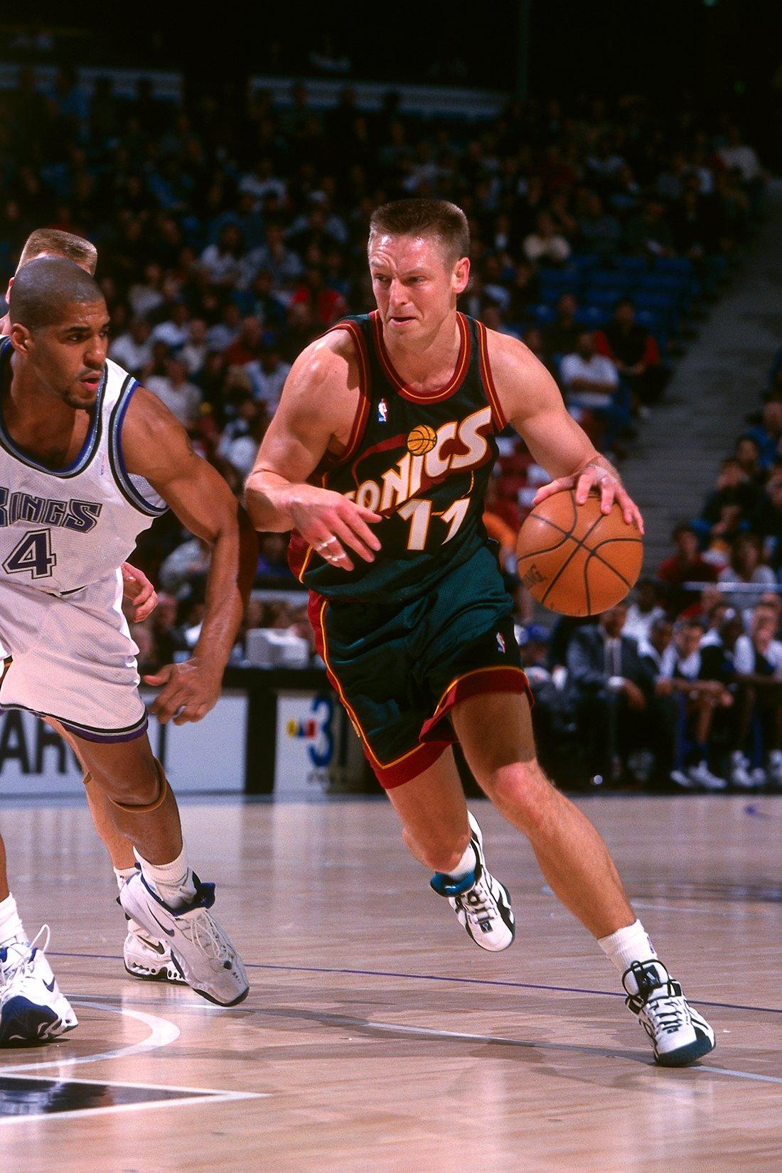Detlef Schrempf uno de los 10 europeos de época en la NBA en viva basquet