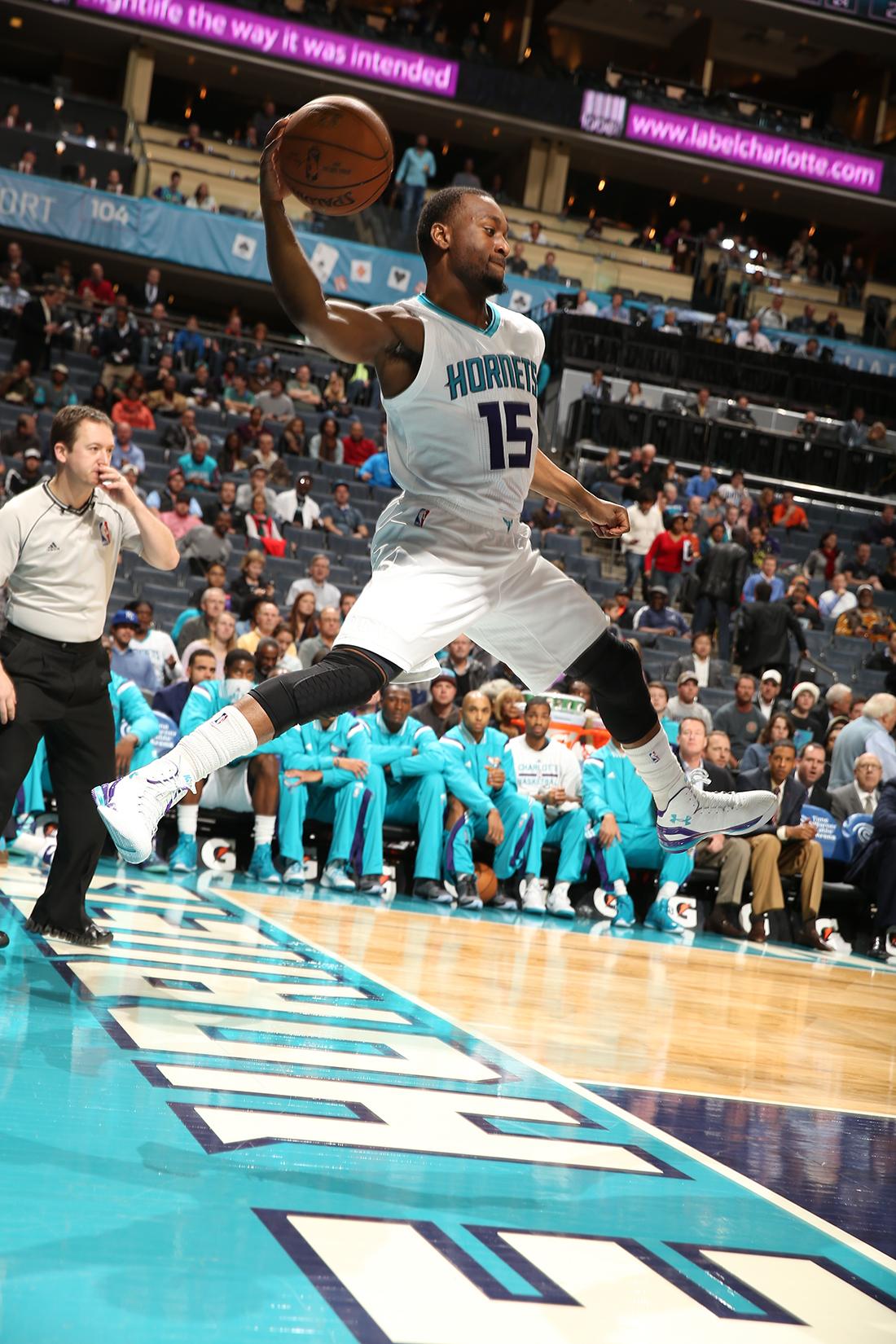 Kemba Wlaker y Klay Thompson los mejores de la semana en la NBA por viva basquet