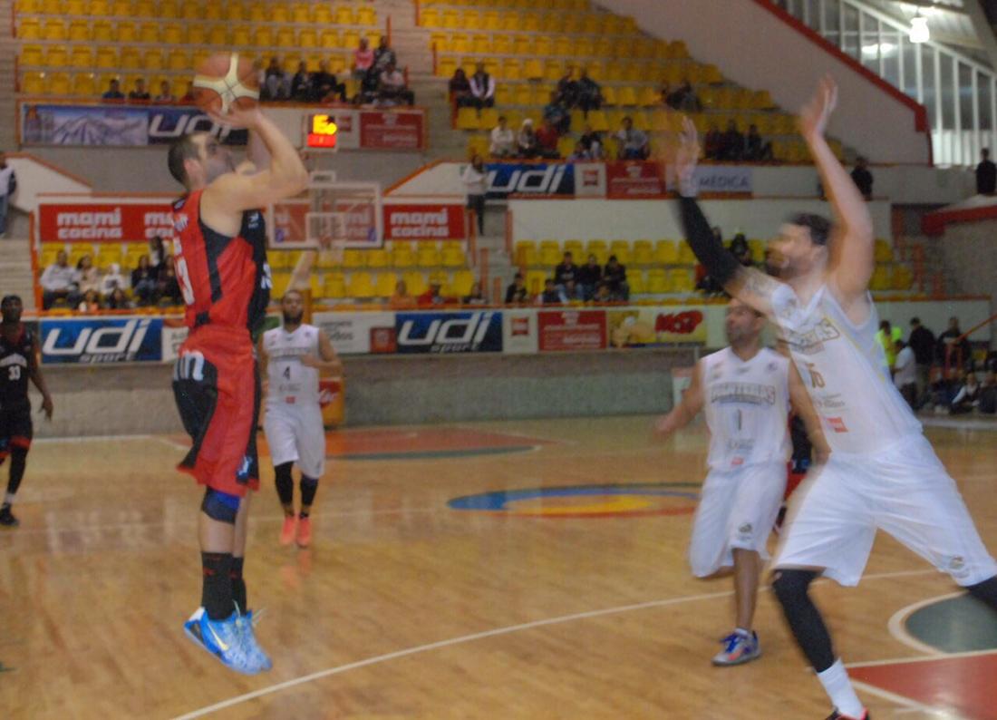 Jake Rios, Del College al Pro por viva basquet