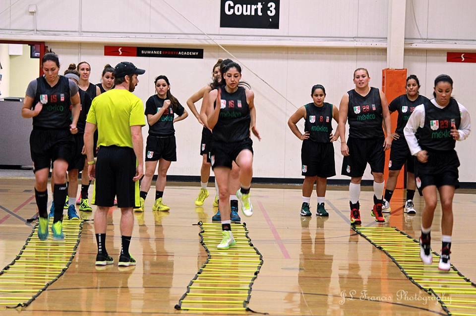 Uno a uno con la coach Marynell Meadors por viva basquet