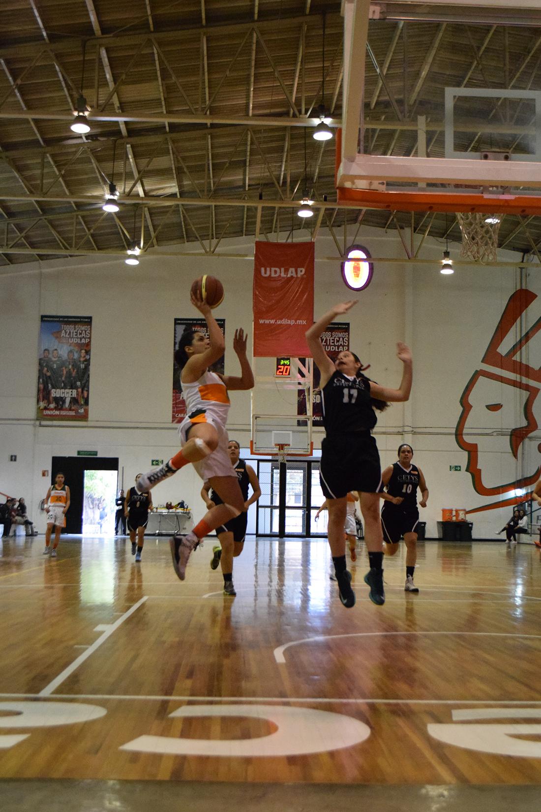 El título es la meta para los Aztecas de la UDLAP por viva basquet