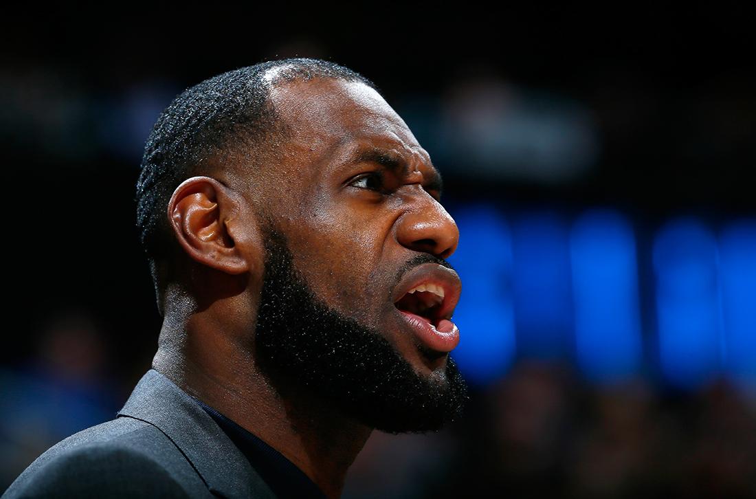 LeBron James acaba con los rumores en viva basquet