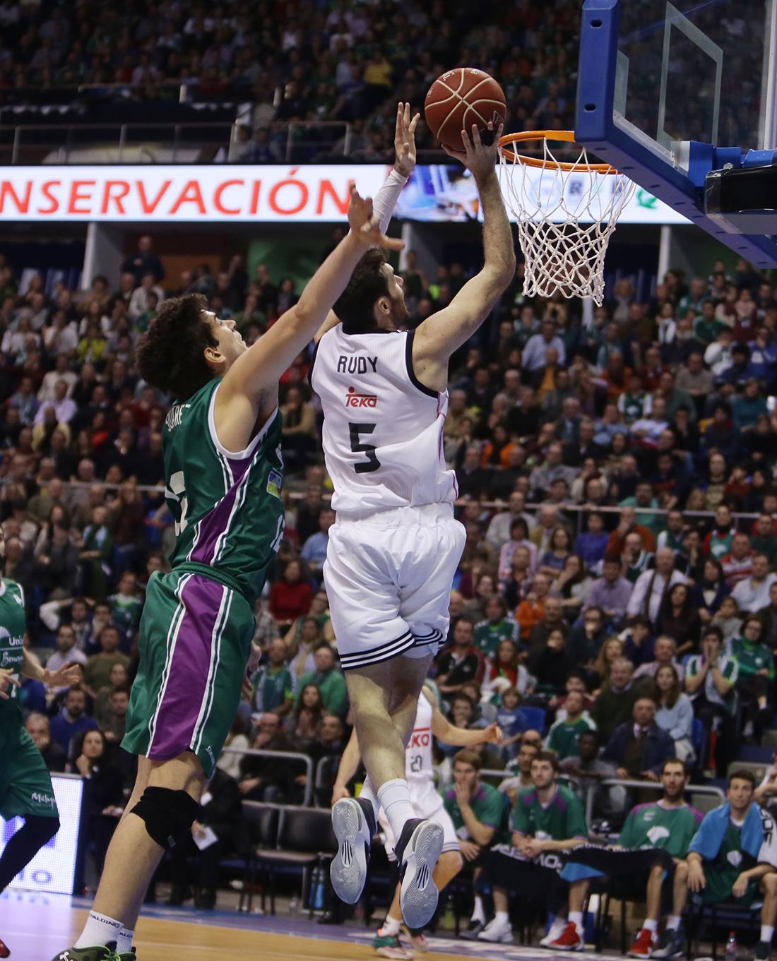 Primera victoria del Madrid en el Top 16 de la Euroliga en viva basquet