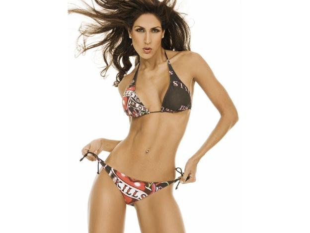 Claudia Lampe Porras sexy en viva basquet